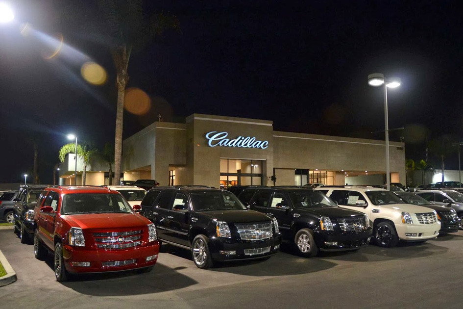 Boulevard Cadillac Night